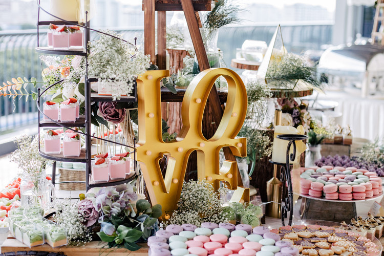 Rustic Wedding Dessert Table