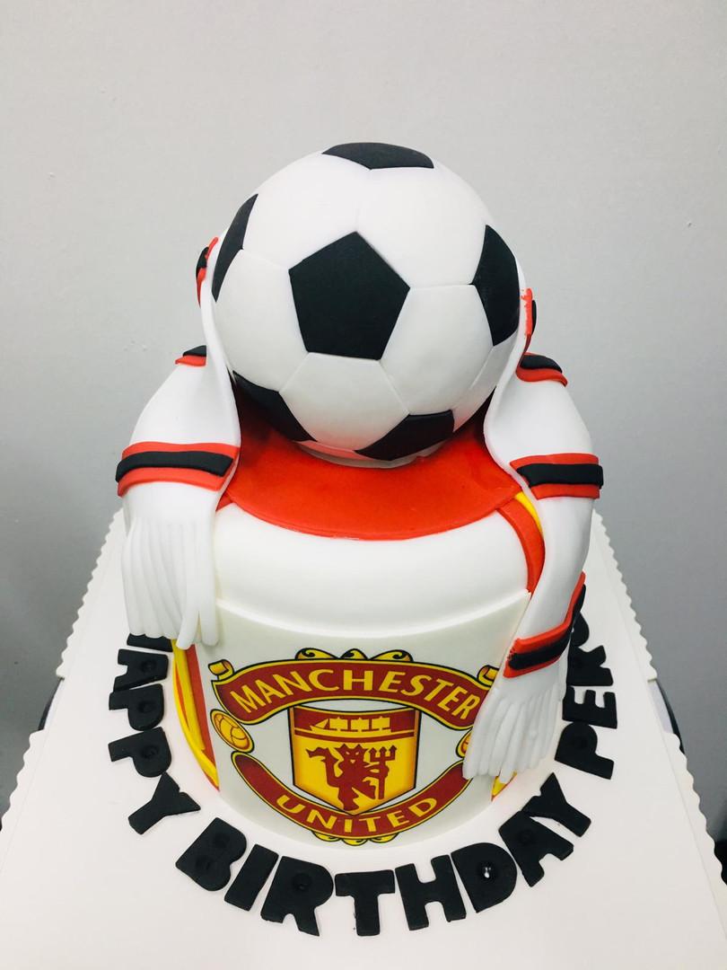 Man U Cake 2.jpeg