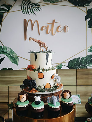 Safari 2-Tier Cake Singapore.jpg