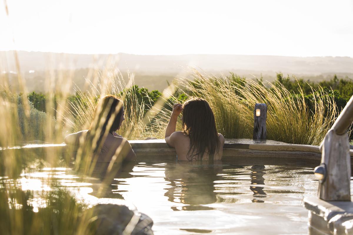 peninsula hot springs tour
