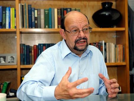 Miembro Emérito: Jorge Flores Valdés