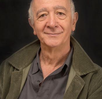 Miembro Emérito: Julio Luis Estrada Velasco