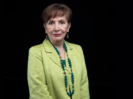 Miembro Emérito: María Esther Orozco