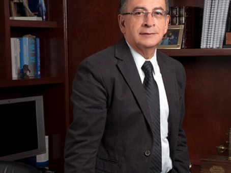 Miembro Emérito: Misael Uribe Esquivel