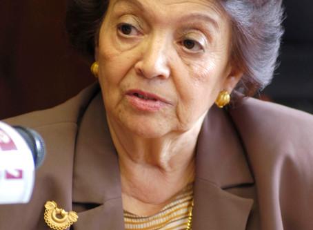 Miembro emérito: Victoria Eugenia Chagoya Hazas