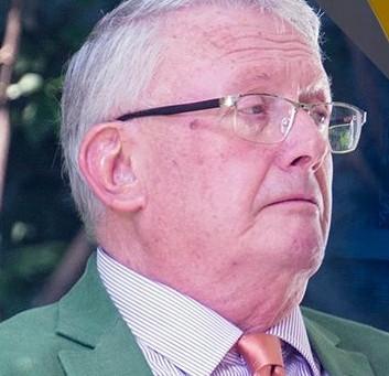Miembro Emérito: Mark de Bretton Platts Daley