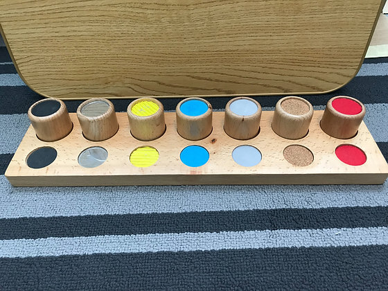 Montessori sensorial Cylinder Touch Board