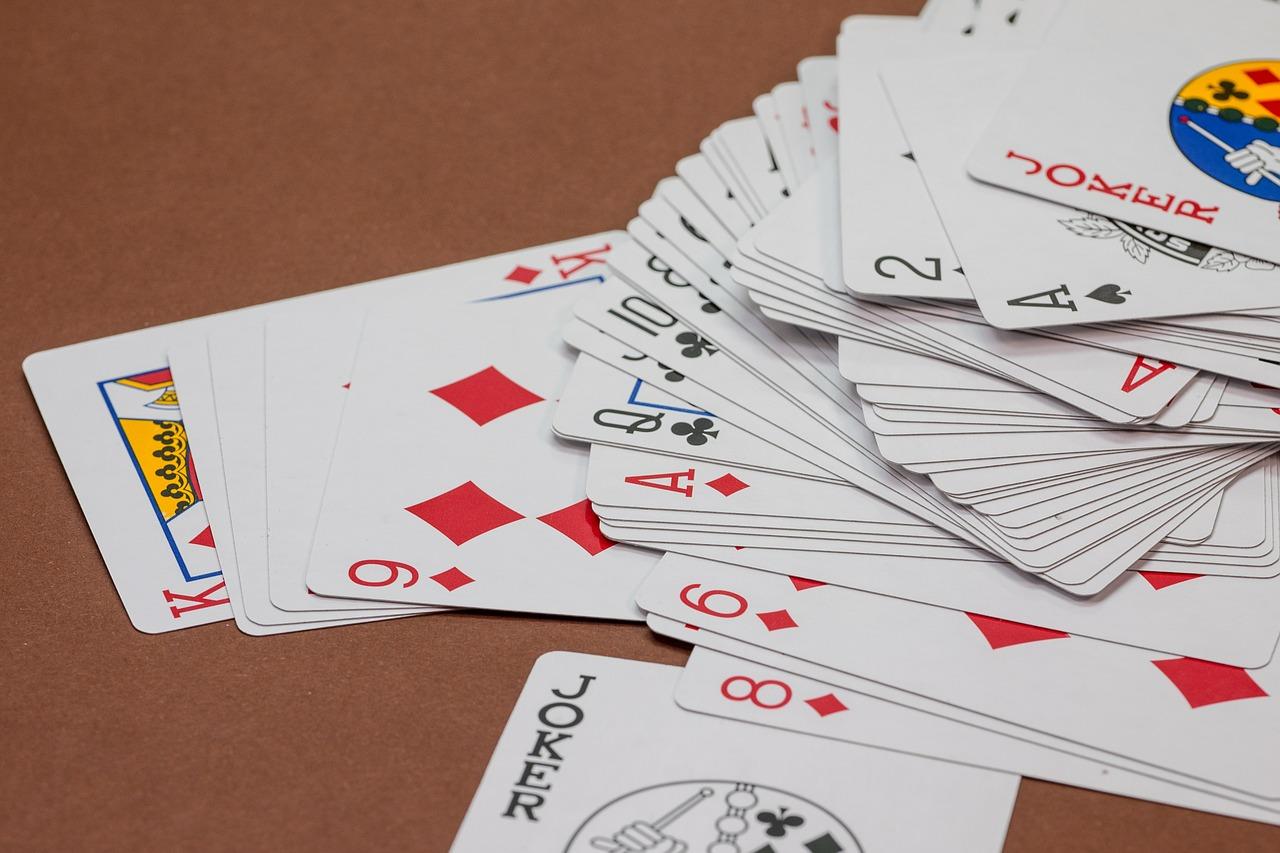 Caracteres-curinga funcionam como os dos jogos de cartas. | Foto: Pixabay