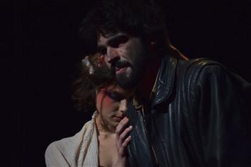 Sarah Russi (Nouritsa) et Bilal Dufrou (Elias)  © Mathilde Feracci