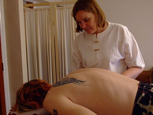 Ann Taylor LicAc MBAcC with a client in Ipswich who had persistent  shoulder pain which responded  very quickly to acupuncture.