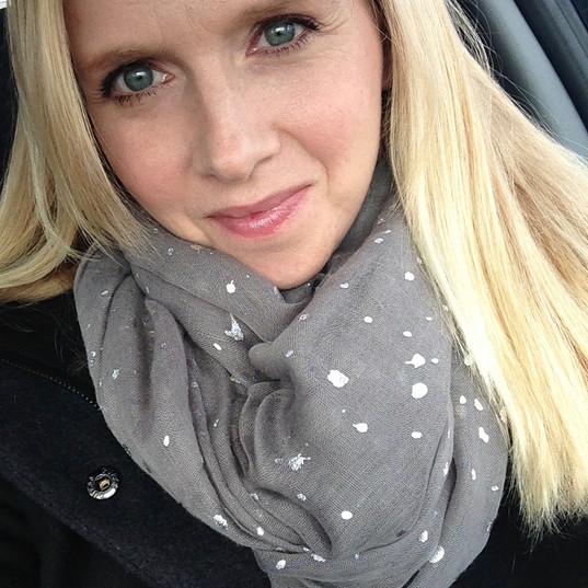 Amy-Bowman-Headshot.jpg