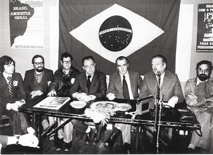 Bolsonaro, pandemia, Vargas e o lixo da História