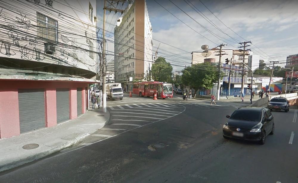 O prédio da esquina das ruas Marquês de Paraná com Dr. Celestino será demolido