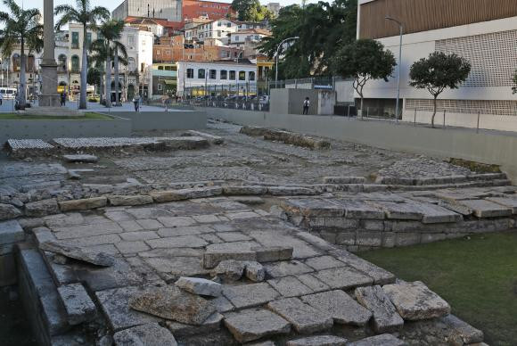 O Cais do Valongo, principal porto de entrada de escravos nas Américas, é reconhecido como Patrimônio da Humanidade pela Unesco (Foto: Fernando Frazão/Agência Brasil)