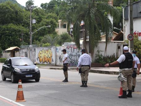 Bloqueios voltam a restringir acesso às praias da RO