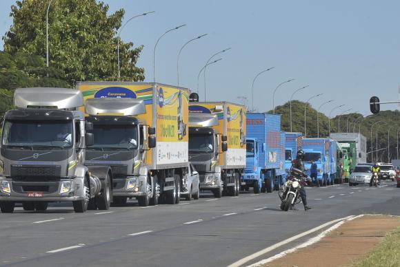 Roubo de carga pode paralisar transportadoras