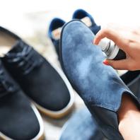 Dengan layanan laundry sepatu, kami akanmenjemput, membersihkan serta melakukan perawatan lembut kepada sepatu kesayangan Anda.