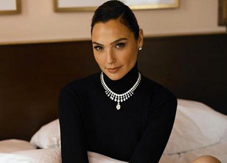 Gal Gadot: De reina de belleza a heroína