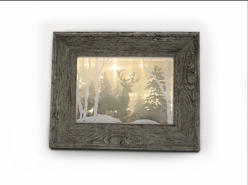 "5""x7"" Embroidered Deer Picture Illuminated Shadowbox"