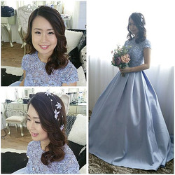 Throwback to makeup & hair done for  Geneva's prewedding shoot! Soft curls with pretty blue floral h