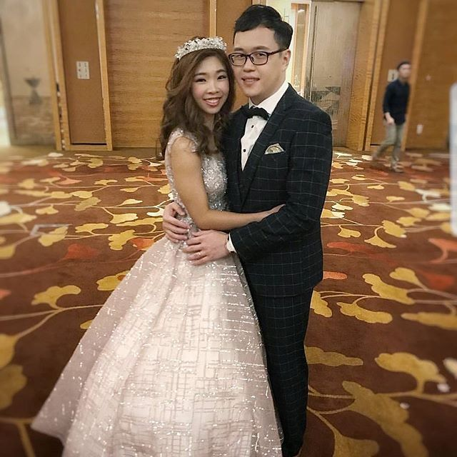 Reposting this picture from my couple's Instagram _joelihui cos it's too sweet! ^^ and also a memory
