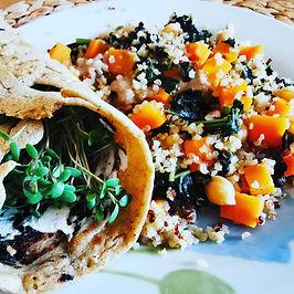 תבשיל קינואה וטורטייה ירוקה
