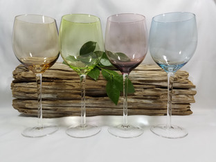 4 Color Glass Wine