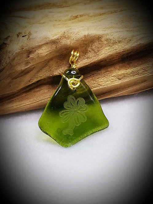 Engraved Four-Leaf Clover Green Fired Glass Pendant 19