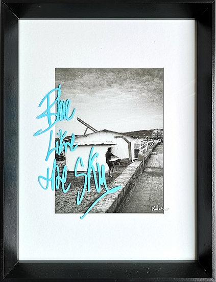 Blue like the sky - Photographie rehaussée au posca - EA II/IV - 40 x 30 cm