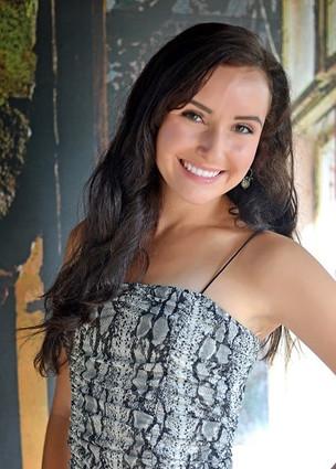 Abigail Newbold- 5'5