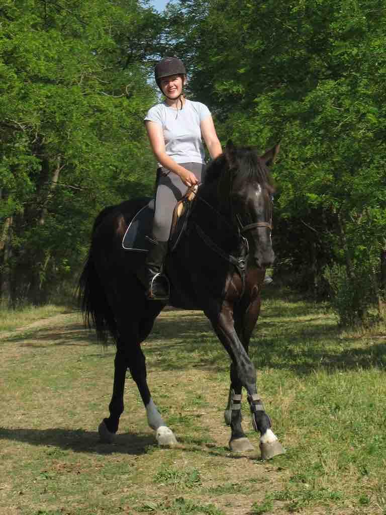 Julia,_loisirs,_raondonnée,_cheval,_pâtis,_meaux_