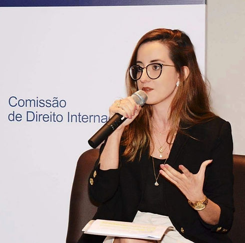 Giselle Amorim_palestrando.jpg