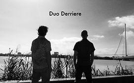 Duo Derriere