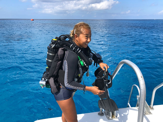 A KISS Rebreather diver at Divetech Grand Cayman