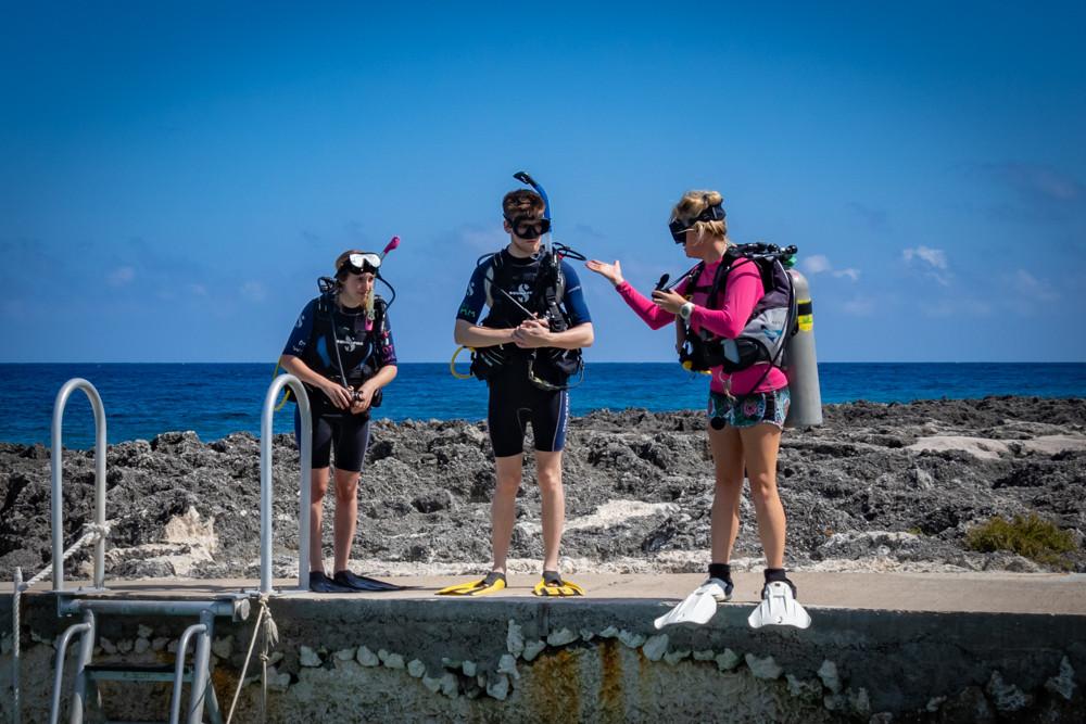 Divetech's Kim Hanlon, briefing her dive students.