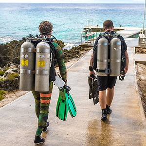 Technical diving tanks, ready for a PADI tec 50 class