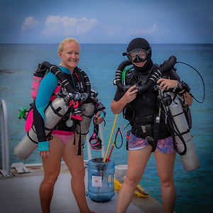 2 of Divetech's rebreather women.