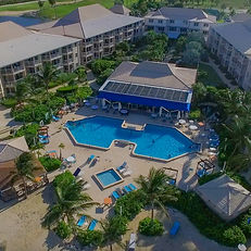 An aerial shot of Holiday Inn Resort and Suites in Grand Cayaman.