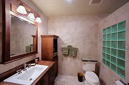 Master bath of one of the rental condos at the Lighthouse Point Dive Resort.