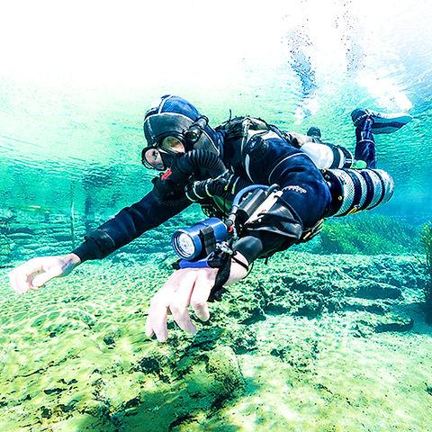 KISS Sidekick Rebreather Diver