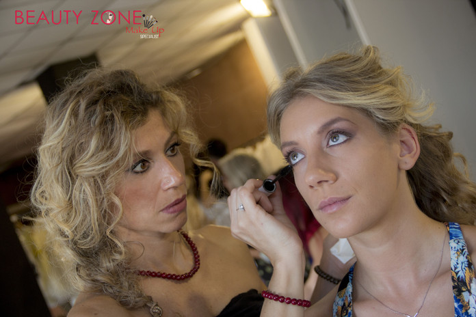 makeup30.jpgMake Up Specialist Beauty Zone