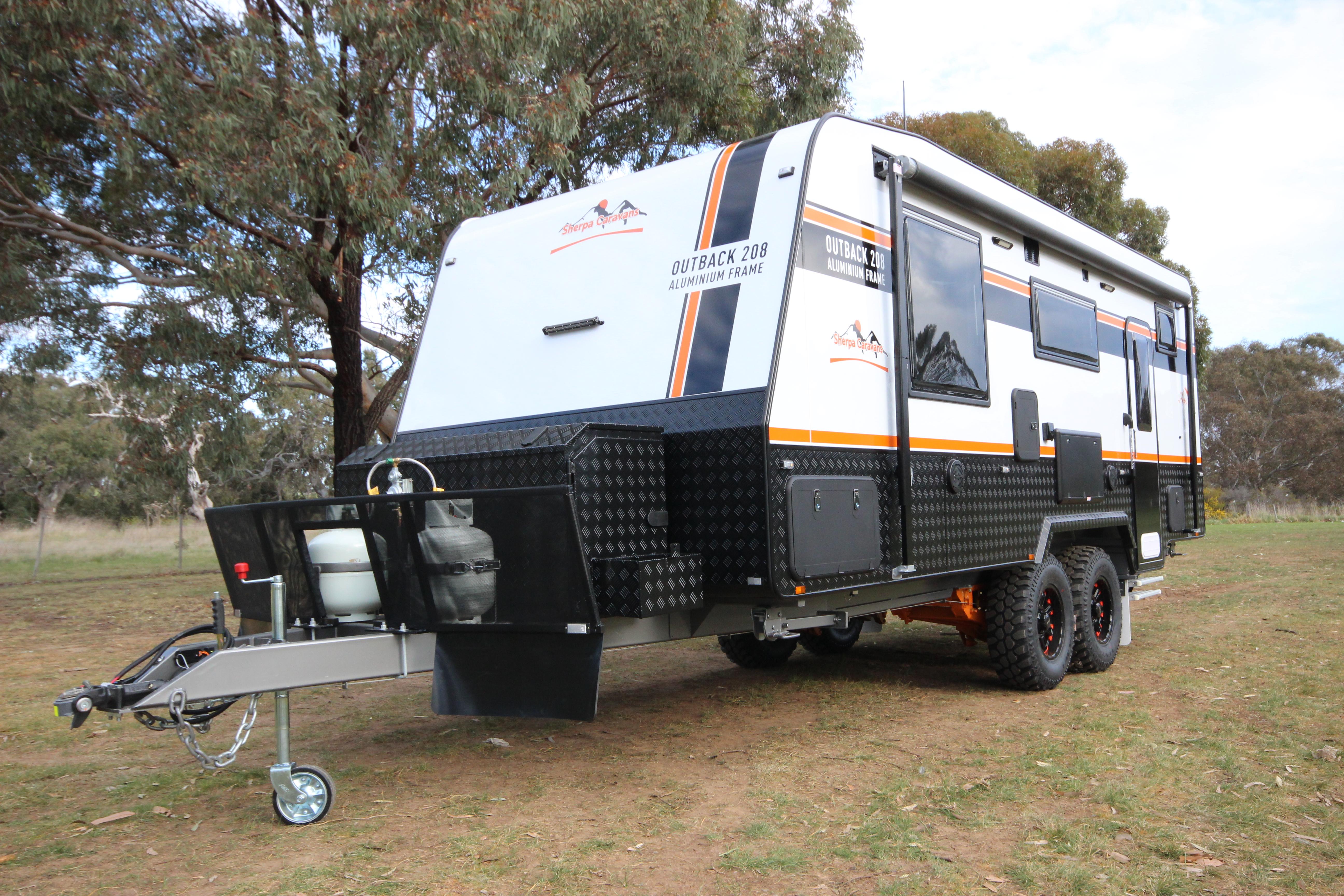 eden-caravans-outback-208-2jpg
