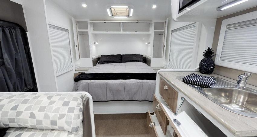 trackvan-18-by-eden-caravans-21jpg
