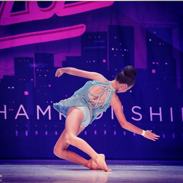 💎☔️ UMBRELLA ..._._Amazing photos of _sarah_100307 from nationals!_