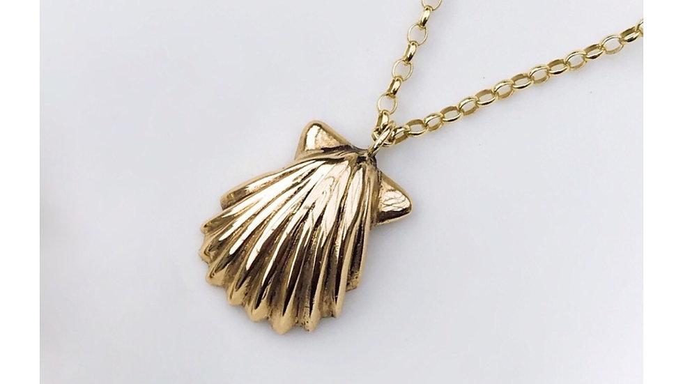 SHELL PENDANT GOLD