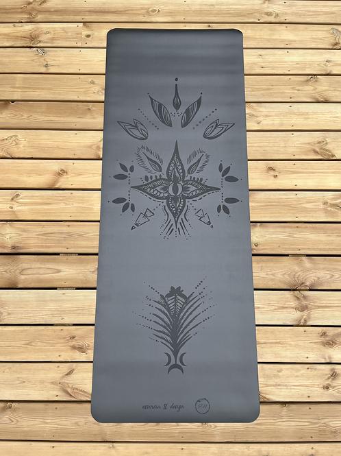 Tapis de yoga Narayana noir