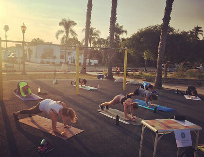 Group workout classes san diego. HIIT workout before work.