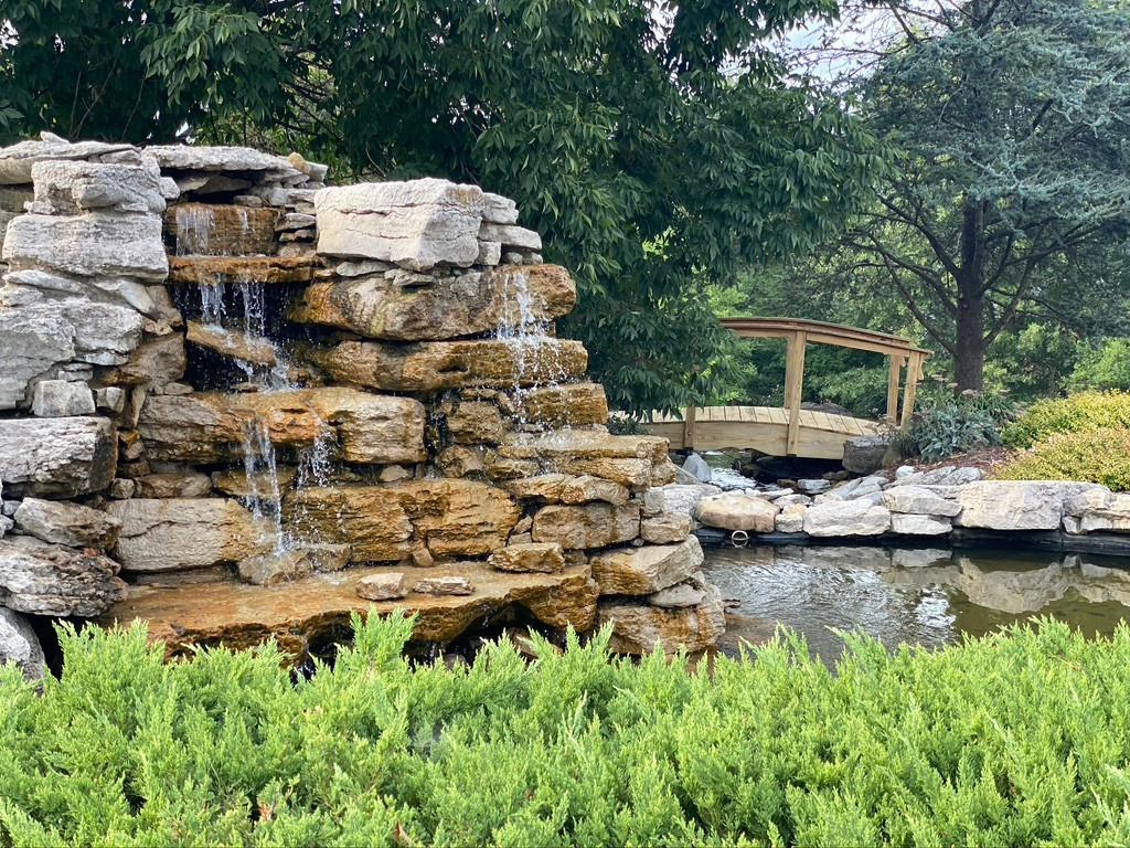 Walking Garden and Fountain
