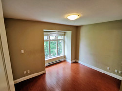 221-5588 Patterson Ave. Burnaby