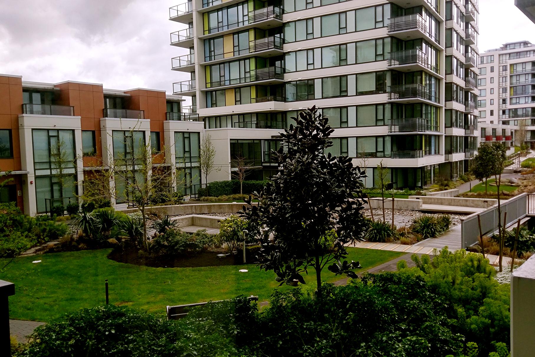 719-7988 Ackroyd Rd. Richmond